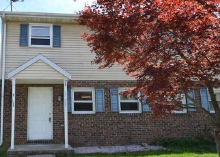 Foreclosed Home en ONEILL AVE, Hanover, PA - 17331
