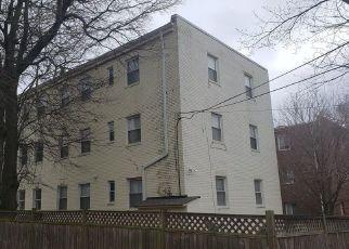 Casa en ejecución hipotecaria in Washington, DC, 20032,  4TH ST SE ID: F4397329