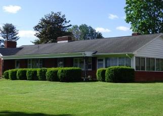Foreclosed Home en STUARTS DRAFT HWY, Stuarts Draft, VA - 24477