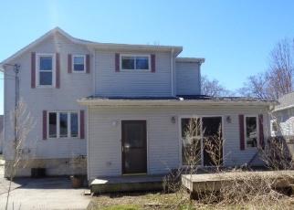 Foreclosed Home en E 10TH ST, Fond Du Lac, WI - 54935
