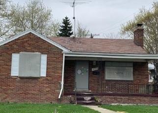 Foreclosed Home en EDGEFIELD ST, Grosse Pointe, MI - 48236