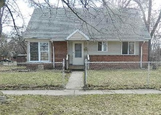 Foreclosed Home en ONANDAGO ST, Ypsilanti, MI - 48198