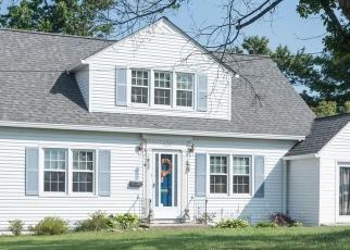 Foreclosed Home en MAYO CIR, Pearisburg, VA - 24134