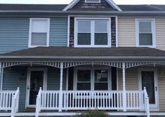Foreclosed Home en PALMERTON DR, Newport News, VA - 23602