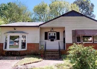 Foreclosed Home en EXETER RD, Newport News, VA - 23602