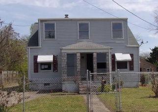 Foreclosed Home en REBEL ST, Hampton, VA - 23669
