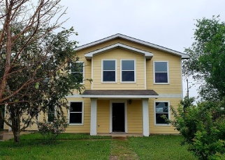 Foreclosed Home in LANTANA ST, Mercedes, TX - 78570