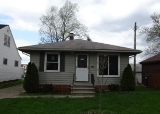 Foreclosed Home en WALLINGFORD AVE, Cleveland, OH - 44125