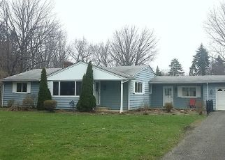 Foreclosed Home en FORSYTHE LN, Mentor, OH - 44060