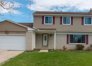 Foreclosed Home en ELSWORTH ST, Farmington, MI - 48336
