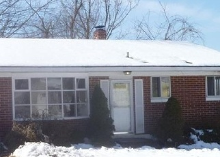 Foreclosed Home en HIGHLAND AVE, Ansonia, CT - 06401