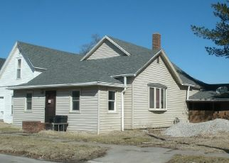 Foreclosed Home en E 4TH ST, Maryville, MO - 64468