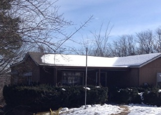 Foreclosed Home en EUCLID AVE, Kansas City, MO - 64132
