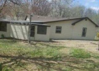 Foreclosed Home en N 3RD ST, Saint Joseph, MO - 64505