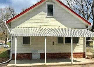 Foreclosed Home en S 21ST ST, Saint Joseph, MO - 64507