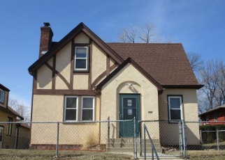 Foreclosed Home en THOMAS AVE N, Minneapolis, MN - 55411