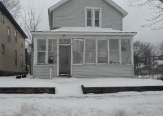 Foreclosed Home en 30TH AVE S, Minneapolis, MN - 55406