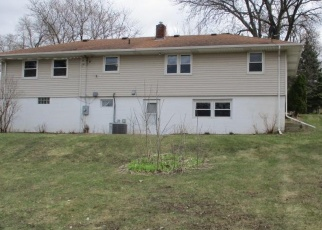 Foreclosed Home en KENNARD ST, Saint Paul, MN - 55109