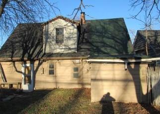Foreclosed Home en GARFIELD RD, Fraser, MI - 48026