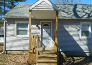 Foreclosed Home en S CATHERINE ST, Lansing, MI - 48911