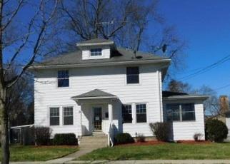 Foreclosed Home en S DURAND ST, Jackson, MI - 49203