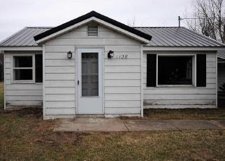 Foreclosed Home en M 72 E, Kalkaska, MI - 49646