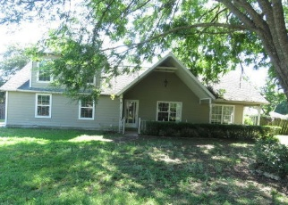 Foreclosed Home in SE 42ND CT, Ocala, FL - 34480