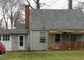 Casa en ejecución hipotecaria in Eastlake, OH, 44095,  E 331ST ST ID: F4398297