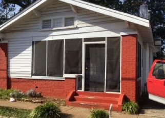 Foreclosed Home in JEFFERSON AVE SW, Birmingham, AL - 35211