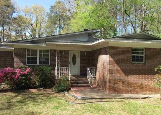Foreclosed Home in CIRCLEWOOD DR, Birmingham, AL - 35214