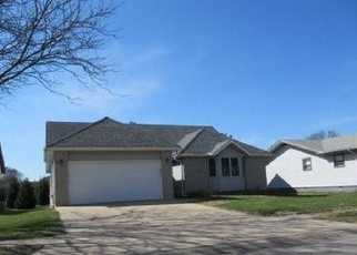 Foreclosed Home in REDLICH DR, Decatur, IL - 62521