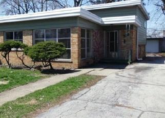Casa en ejecución hipotecaria in Dolton, IL, 60419,  ELLIS AVE ID: F4398390
