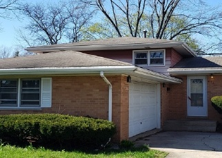 Foreclosed Home in W 12TH ST, Chicago Heights, IL - 60411