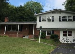 Foreclosed Home in SPENCER DR, Windsor, CT - 06095