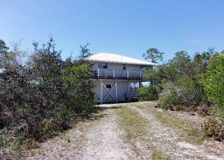 Foreclosed Home en BAYOU DR, Carrabelle, FL - 32322