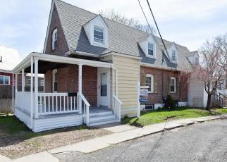 Foreclosed Home in VALLEY RD, Stratford, CT - 06615
