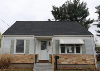 Foreclosed Home en HIGHLAND PARK, Enfield, CT - 06082