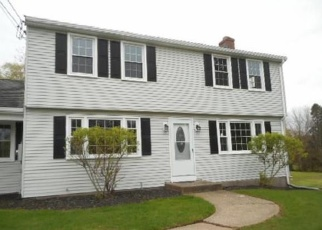 Foreclosed Home en HIGHLAND AVE, Broad Brook, CT - 06016
