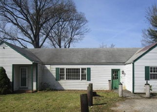 Foreclosed Home en OVERHILL RD, Glen Burnie, MD - 21060