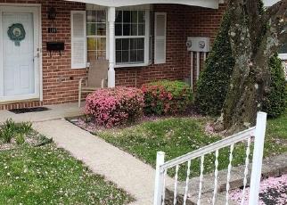 Foreclosed Home en POPODICKON DR, Boyertown, PA - 19512