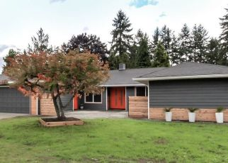 Foreclosed Home en CLAREMONT ST, Tacoma, WA - 98466