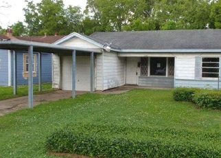 Foreclosed Home in BUFFALO ST, Beaumont, TX - 77703