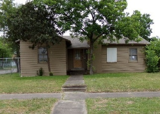 Foreclosed Home in BAILEY AVE, San Antonio, TX - 78210