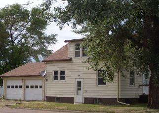 Foreclosed Home en KANSAS AVE NE, Huron, SD - 57350