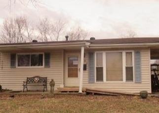 Foreclosed Home en LULA DR, Florissant, MO - 63031
