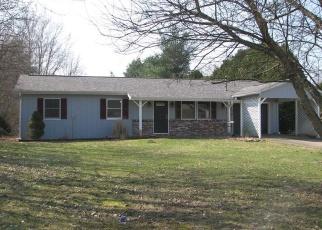 Foreclosed Home en KEBERT BLVD, Conneaut Lake, PA - 16316
