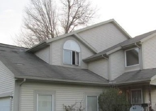 Foreclosed Home en JOHN P GREEN PL, Cleveland, OH - 44105