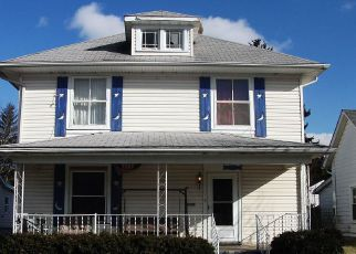 Foreclosed Home en N LIGHT ST, Springfield, OH - 45504
