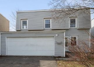 Foreclosed Home in INVERNESS LN, Middletown, CT - 06457