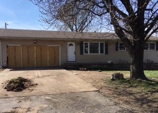Foreclosed Home en N CLIFTON AVE, Springfield, MO - 65803